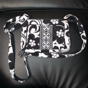 Black and white Vera Bradley crossbody bag
